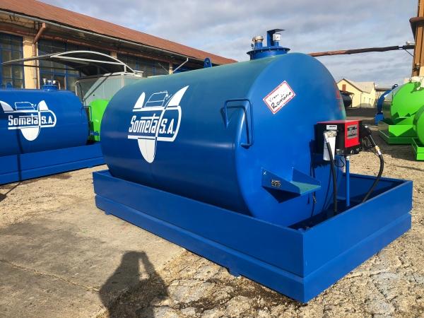 Rezervor suprateran 9000 litri cu pompa Cube 56 - albastru 0