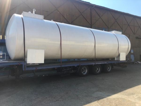 Rezervor suprateran cu pereti dubli  50000 litri 4
